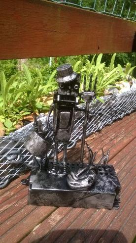 screwed sculpts medium robot