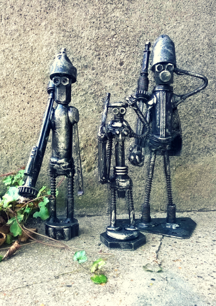Soldier Bots by Screwed sculpts