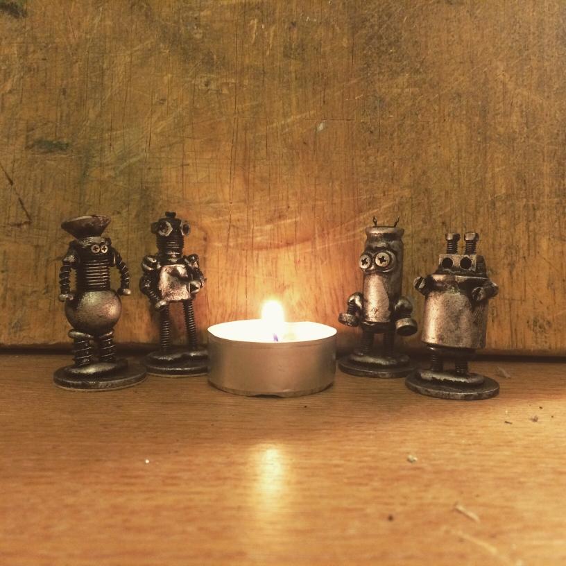 Winter Warmer Bots by Screwed Sculpts