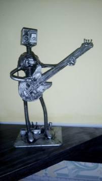 Bass bot!