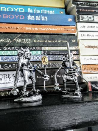 Two free art friday screwed sculpts robots