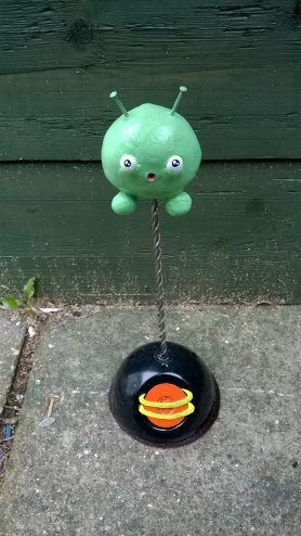 Final Space Mooncake Sculpture